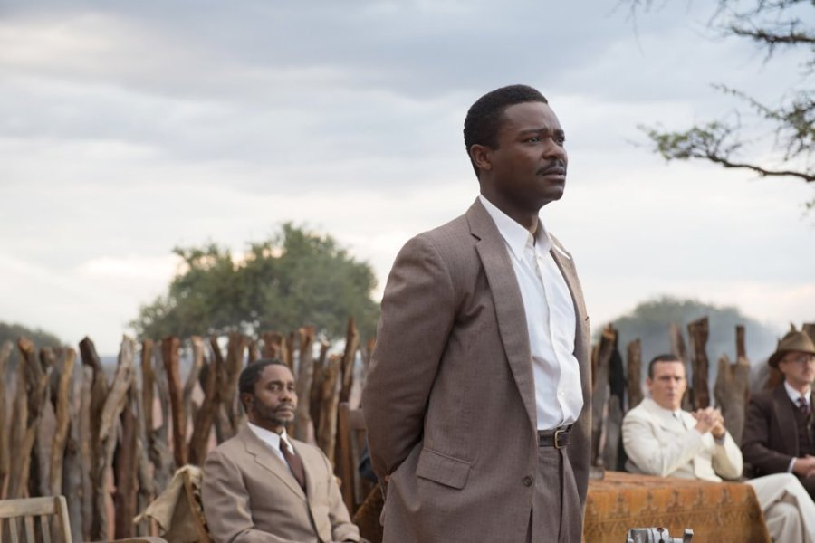 A UNITED KINGDOM, foreground: David Oyelowo, 2016. ©The Weinstein Company