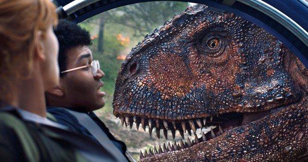 Jurassic-World-Fallen-Kingdom-Animatronic-Dinosaurs